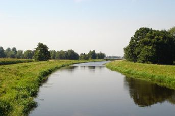 Rundweg Ems-Jade Kanal in Großefehn